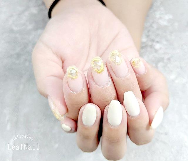 【お客様ネイル】どんどんお爪が健康的でキレイに!