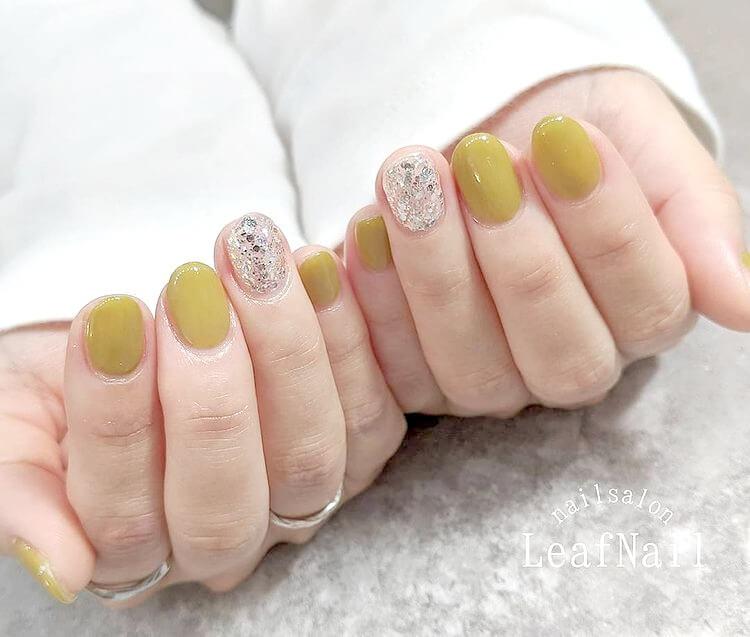 【お客様ネイル】春っぽくピスタチオネイル☆